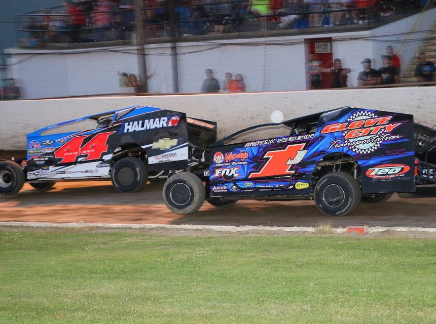 The Fonda Speedway | The Track of Champions